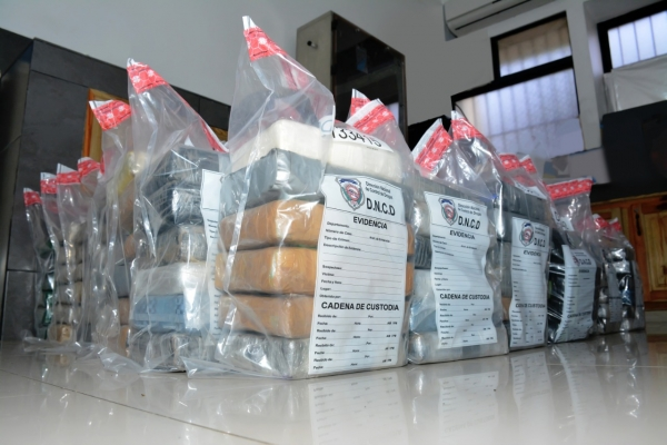 DNCD incauta 353 paquetes de cocaína en el Puerto Multimodal Caucedo